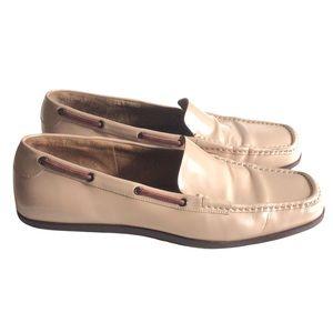 Gucci loafer sand cream colour size 9
